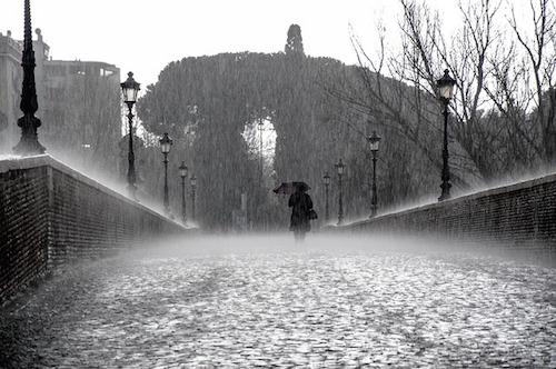 rain-275317_640